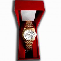 yagexing Stylish ladies hand watch
